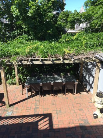 Carpe Diem Guesthouse & Spa: Outdoor seating
