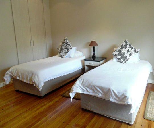 Ibhayi Town Lodge: Single Room