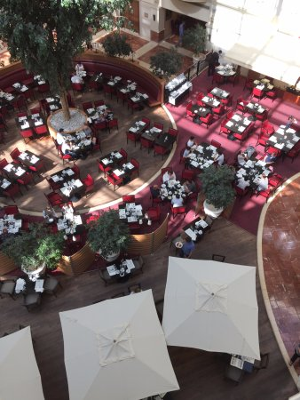 Sheraton Grand Krakow: atrio
