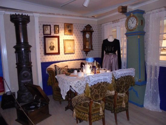 Akureyri Museum : A typical icelandic home from the past