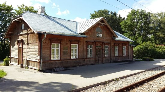 Harju County, Estland: Railway Station Train To Tallinn