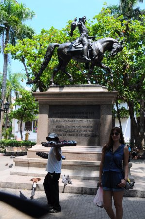 Plaza Bolivar : Picture two