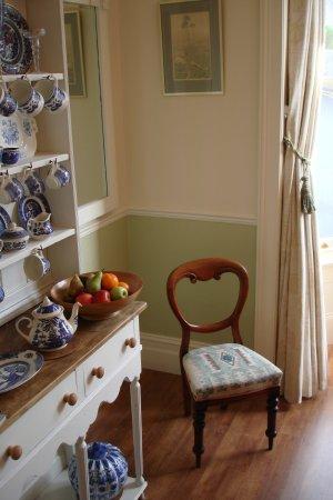 Seventyseven Bed and Breakfast : Dinning Room