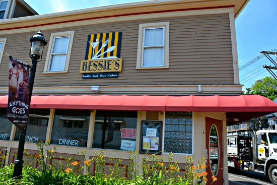 Bessie S Restaurant In Ogunquit Me Great Servers Had Terrific Experiences