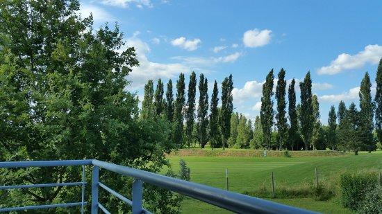 Le Domaine du Green : Vue sur le parcours de golf
