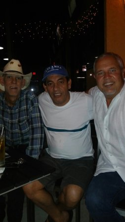 Woodys West End Tavern: Another great night at Woodys