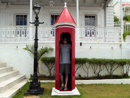 Government House : Captain Crayon