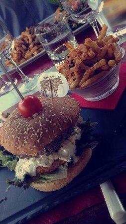 Le Petit Bouchon : Burger Lyonnais