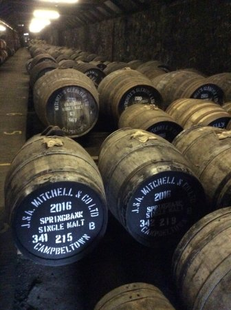 Campbeltown, UK: Whiskey maturing in American oak, sherry or port casks