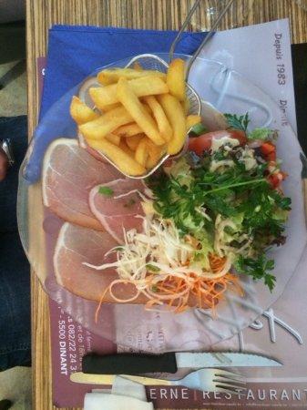 Taverne Wiertz : Salat und Jambon