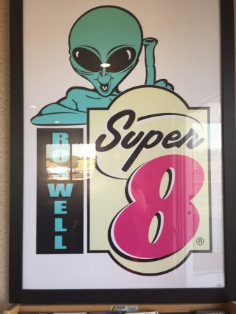 Super 8 Roswell: photo4.jpg