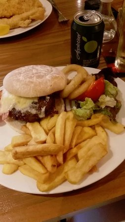 Callander, UK: Cheeseburger and chips with scampi in background
