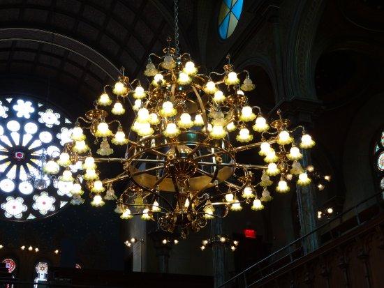 Museum at Eldridge Street: chandelier