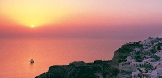 Zorzis Hotel: The hidden treasures of Santorini