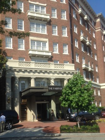 The Fairfax at Embassy Row, Washington D.C.: Entrance to the Hotel
