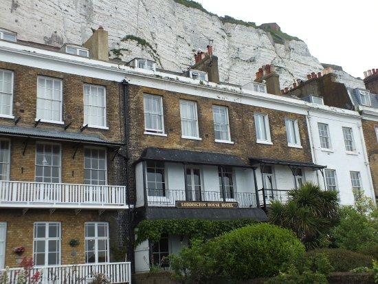 Loddington House: Hotel with White Cliffs
