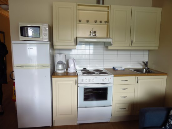 Flam Marina Apartments 3 Apartment Kitchenette
