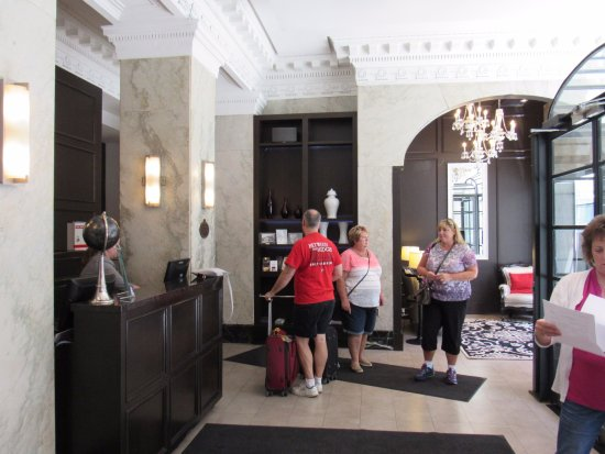 Hotel Victoria: Hotel Lobby