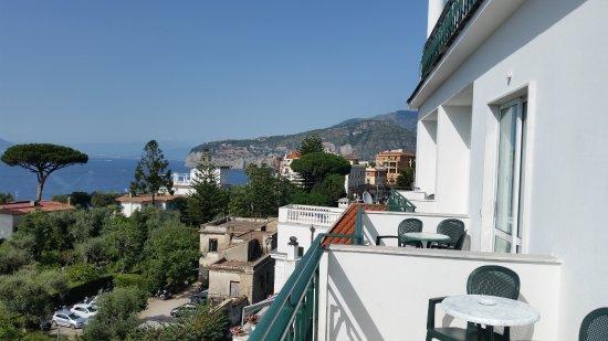 Carlton International Hotel: Morning view from the balcony