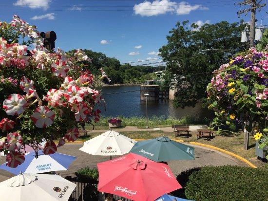 Prescott, WI: Multi level river view decks