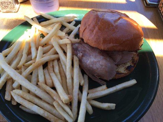 Prescott, WI: Pulled pork sandwich