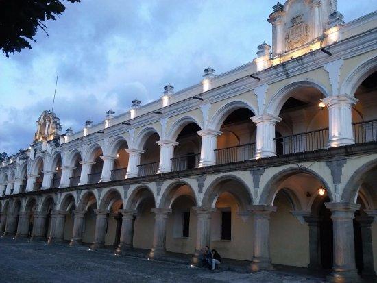 Palacio de los Capitanes Generales : Architecture!