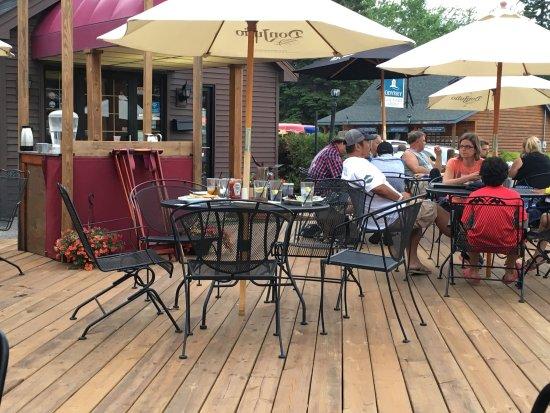 Black Wood's Bar & Grill: photo1.jpg