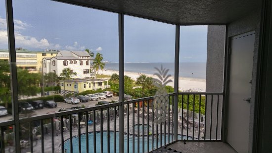 DiamondHead Beach Resort Hotel: 20160702_181729_HDR_large.jpg
