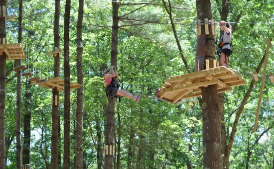 Canton, MA: Several Zip Lines