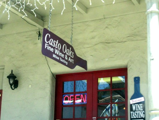 Casto Oaks Fine Wine and Arts