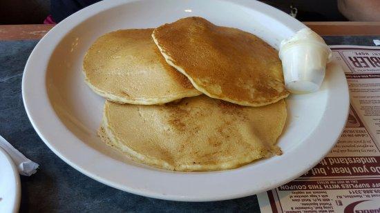 Bordentown, NJ: Apple Pancakes