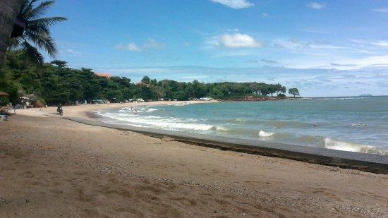 رويال كليف بيتش هوتل: пляж!