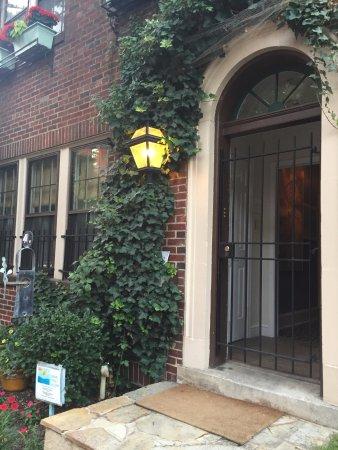 Swann Street Gallery
