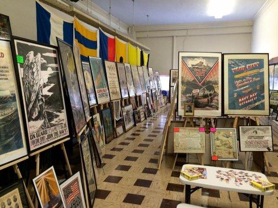 U.S. Navy Poster Museum