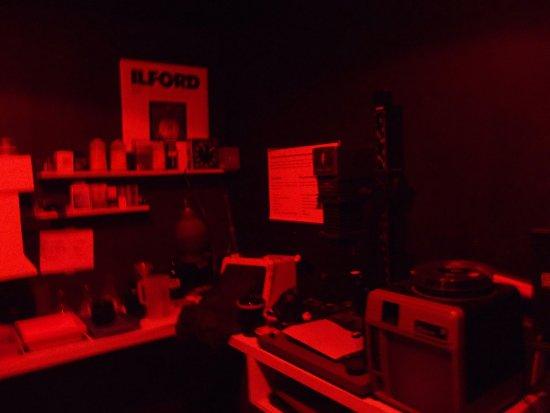 暗室の展示。 昔やったことある...