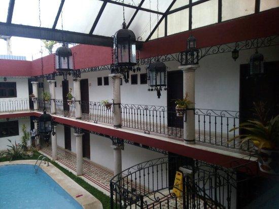 hotel colonial la aurora: IMG_20160702_183610_large.jpg