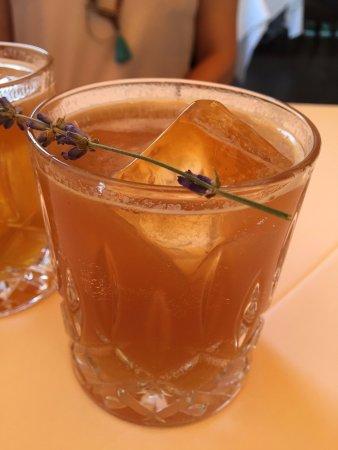 Madrona Manor Restaurant: Lavendar Pimms Cup