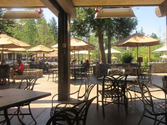 Sierra restaurant picture of sierra restaurant tenaya for Fish camp lodging