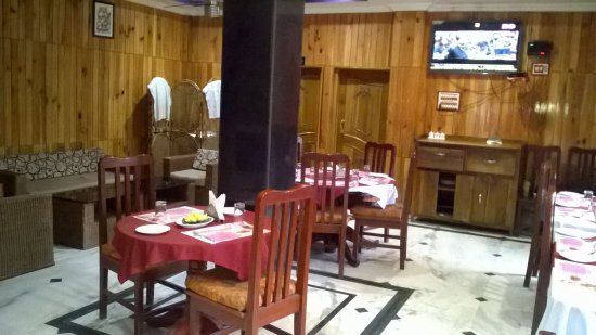 Daporijo, Indien: Neatly arranged large dining hall