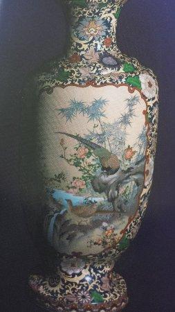 Ama Shippoyaki Art Village: 陶器だとばかり思っていた七宝焼。素晴らしい芸術。
