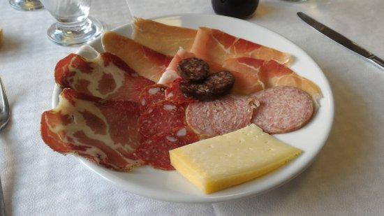 Castelsantangelo sul Nera, Italy: antipasto all'italiana