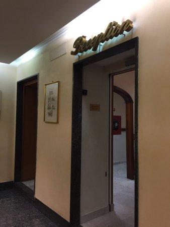 Priscilla Hotel: photo1.jpg