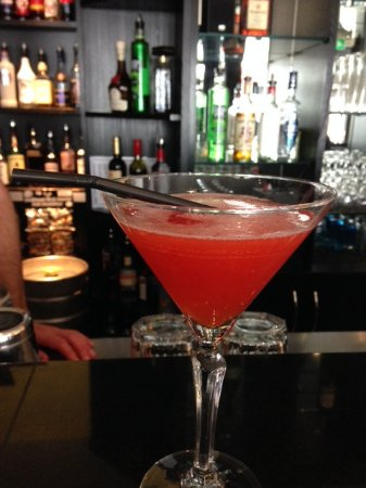 Deco 5: We had strawberry Margarita's made with with fresh Kent fruit.