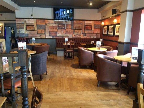 Middlewich, UK: Bar area
