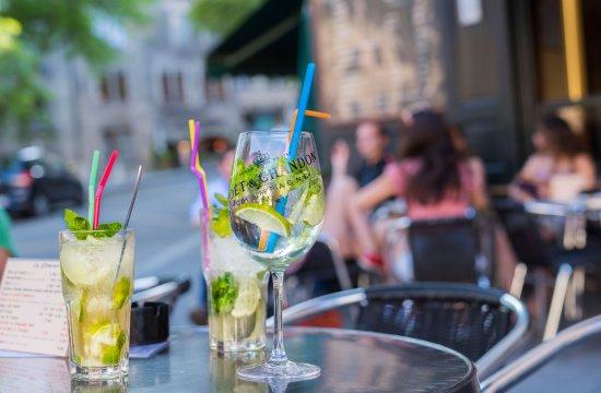 La Clemence: Envie de se rafraîchir - Notre bar en Vieille Ville s'en charge