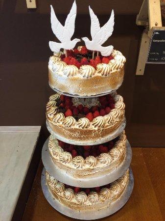 Houffalize, Bélgica: Gâteau de mariage