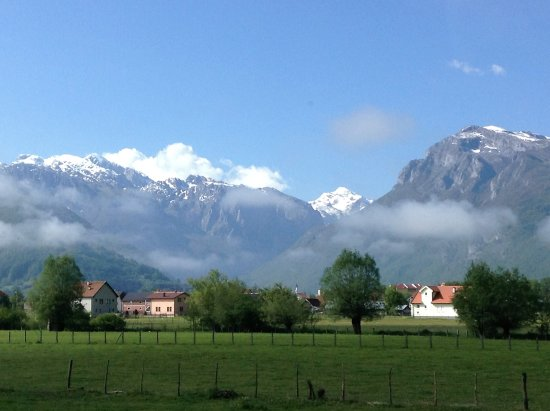 Plav, مونتينيغرو: The Accursed Mountains