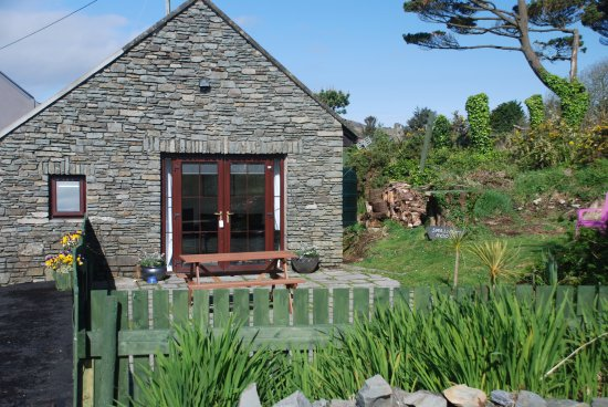 Carbery Cottage Guest Lodge: Swallows Roost self catering cottage