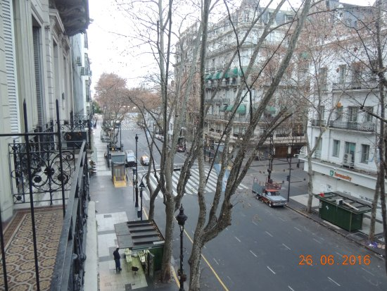 Hotel Avenida: vista da sacada do quarto.