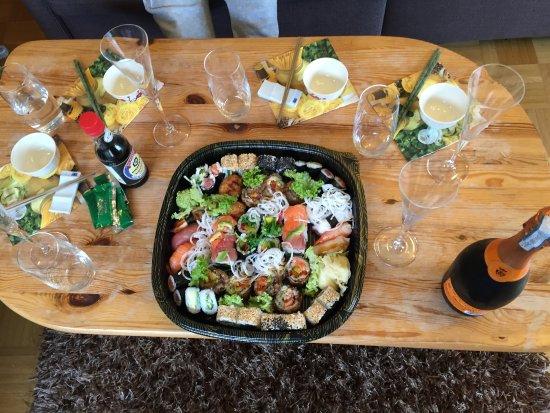 Weinstadt, Германия: Sushi zum Mitnehmen
